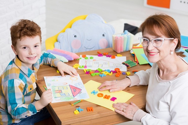 Development of Motor Coordination of Child : Developing Motor Skills,fine motor skills development in childhood,and Understand Child Psychology.